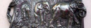 coupelle bronze détail éléphants dans la jungle